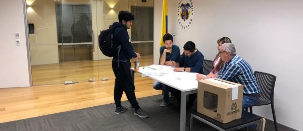 Consulado de Colombia en Auckland inició el último día  de la Consulta Anticorrupción 2018